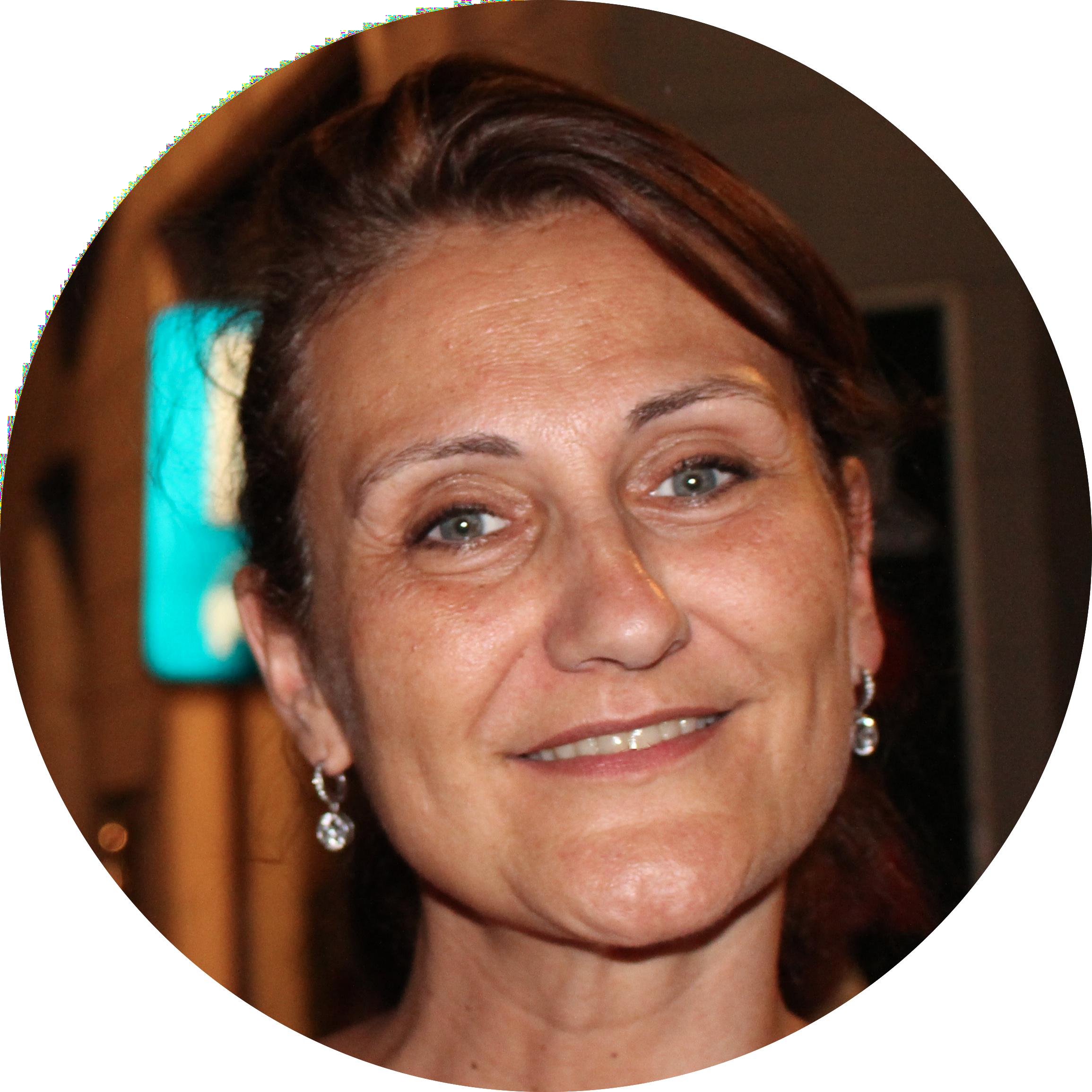 <center>NATHALIE MATERNE</br> Web Consultante</center>